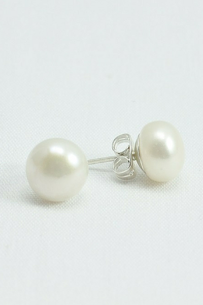 Real Pearl Earrings / Real Pearl Studs / Freshwater Pearl Earrings