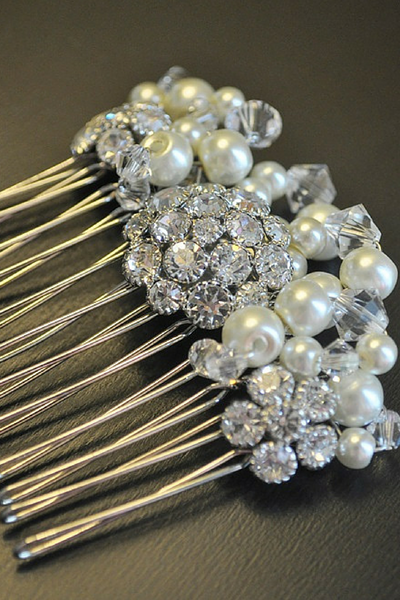 Elena Hair-comb: Pearl, Crystal and Rhinestone brooch hair-comb