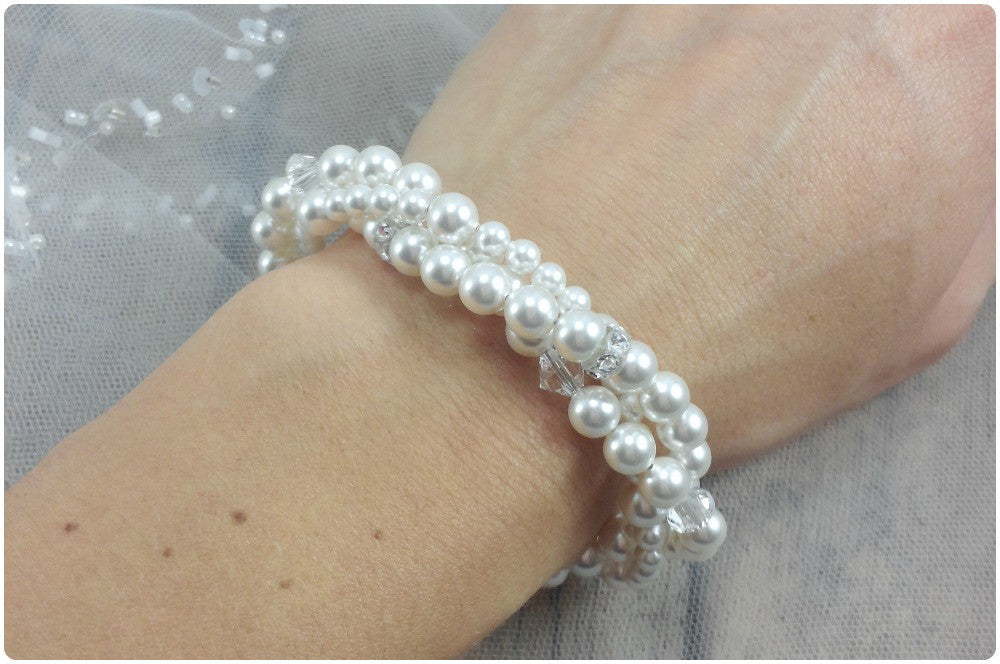 Pearl And Crystal Bracelet To Match Your Wedding Dress
