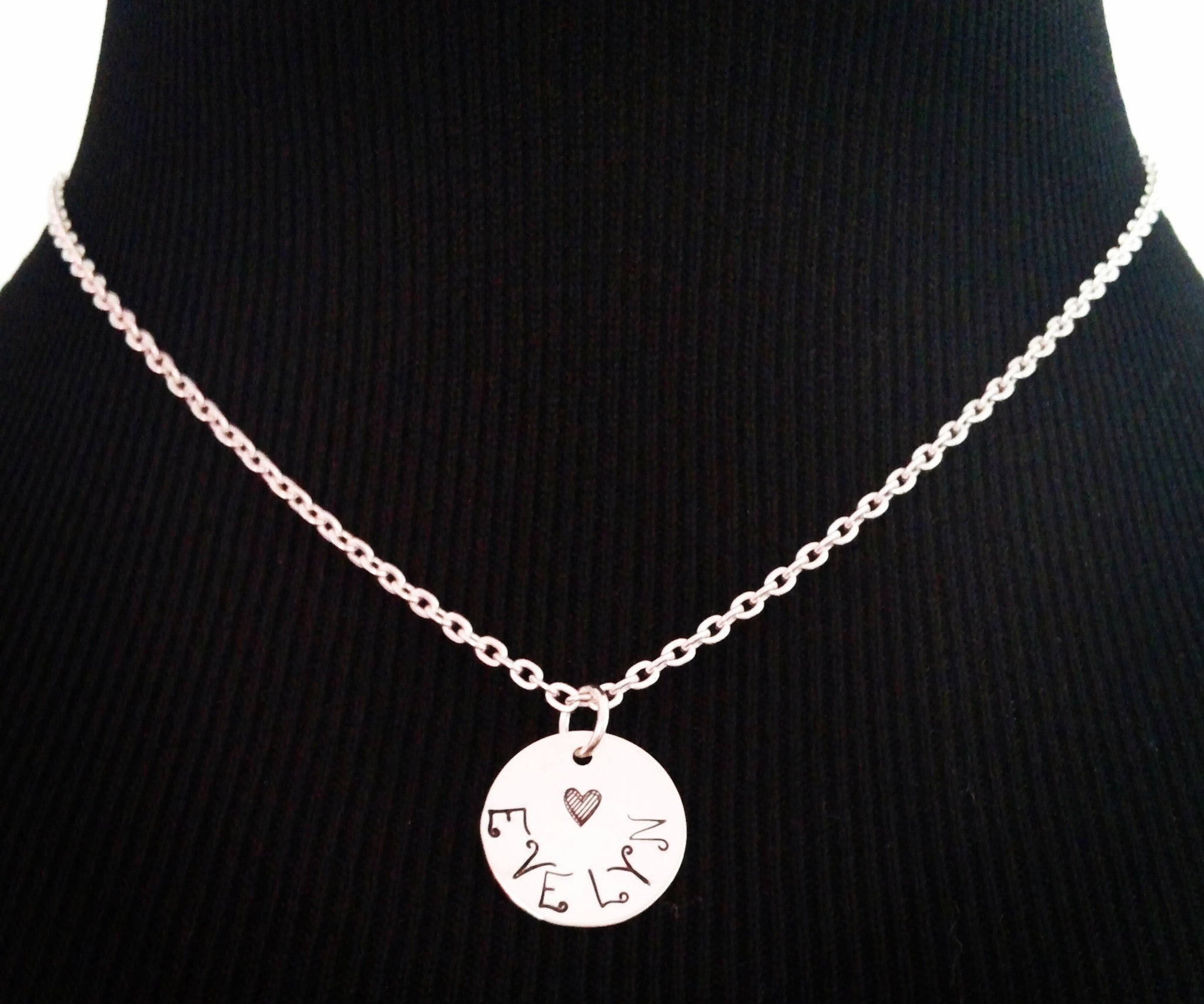 Mommy Necklace / Sterling Silver Mommy Necklace / Child Name Necklace