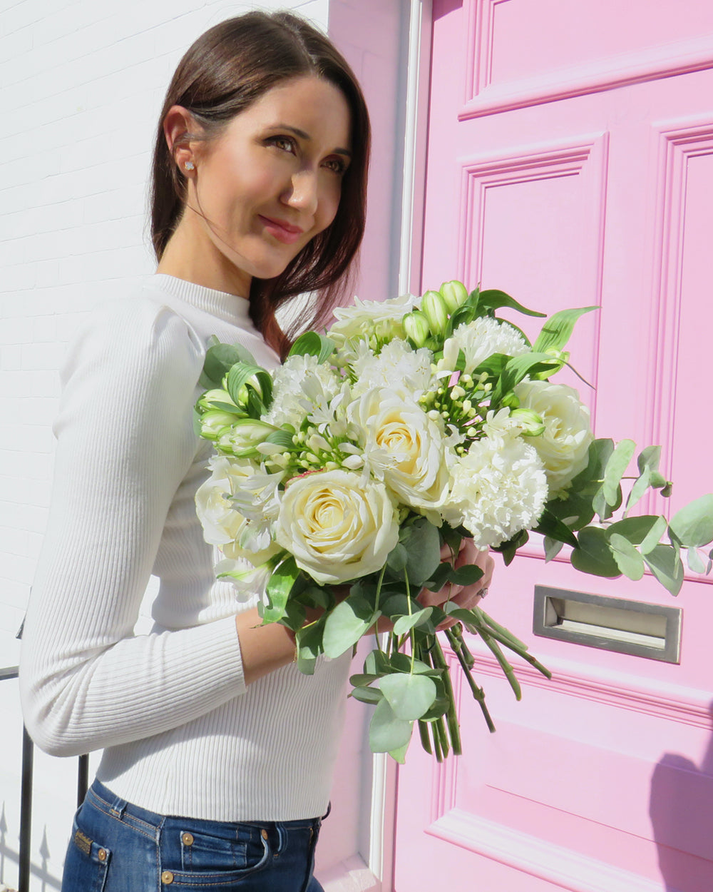 letterbox flowers white roses