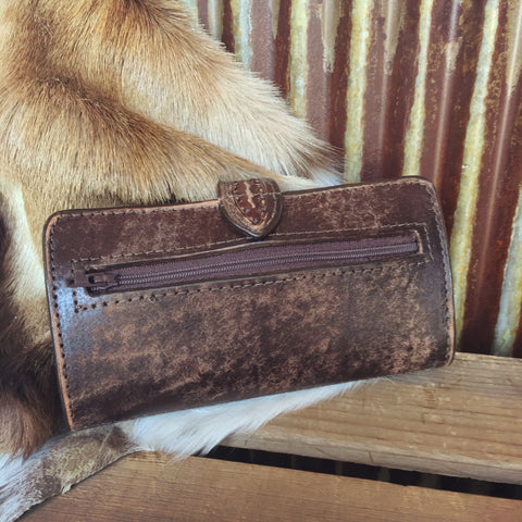 The Saddle Wallet