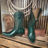 The Tailgate {peacock green}