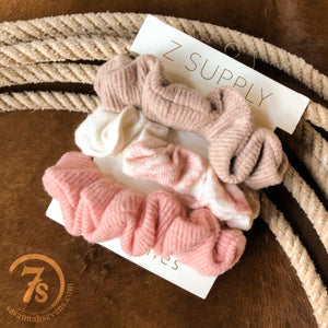 Hiram Scrunchies {3 pack}