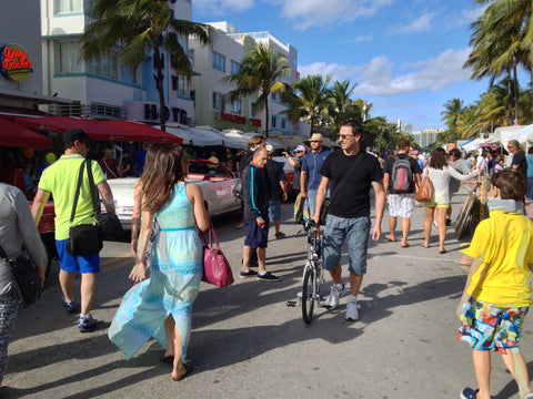 Compact, Revelo FLEX electric bike on Lincoln Avenue, South Beach Florida