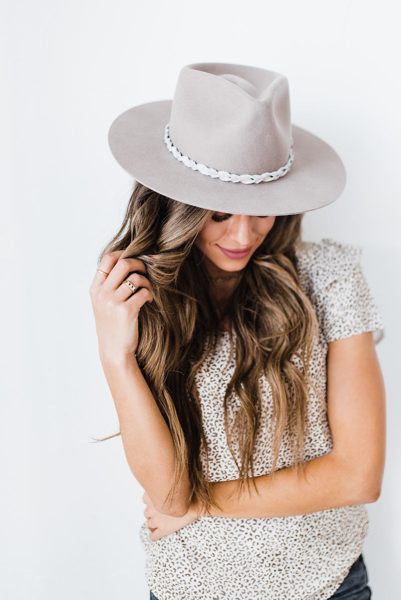 Finn Hat in Tan Mist