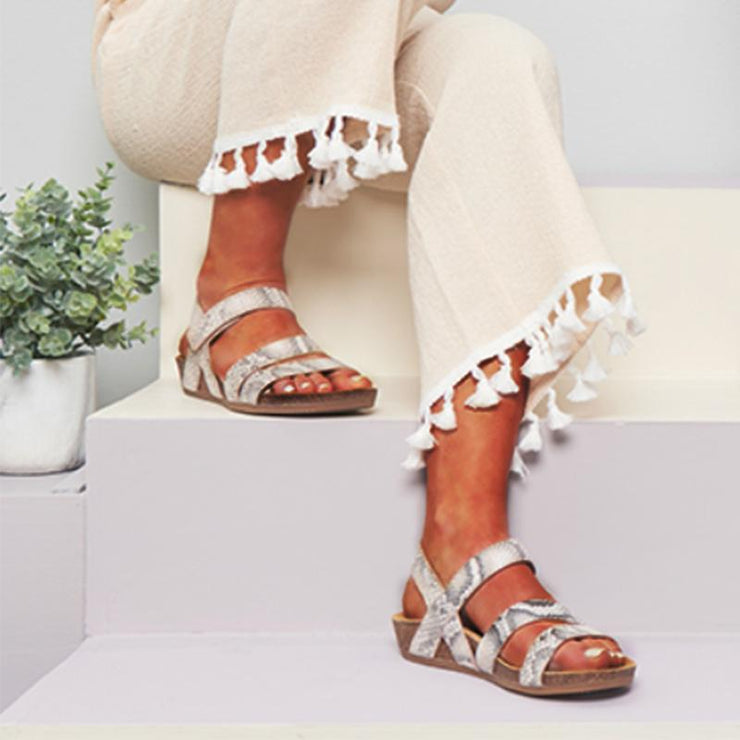 Pi Clue Date Artificial Leather Low Heel Sandals
