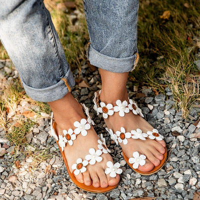White Flat Heel Pu Flower Sandals