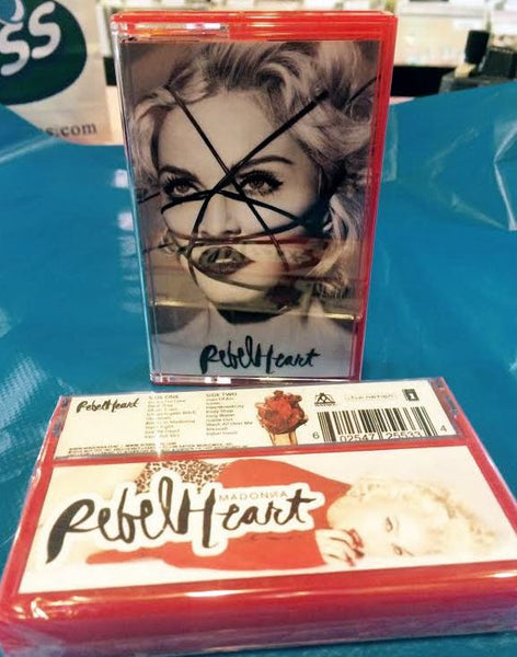 Madonna - Rebel Heart Cassette (Import) Limited Edition + wristband