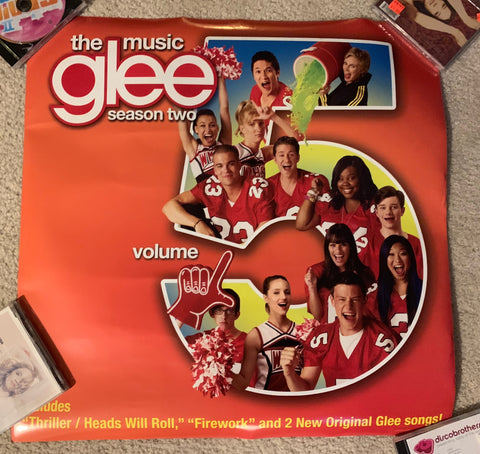 Glee -- official promotional glossy poster 24x24
