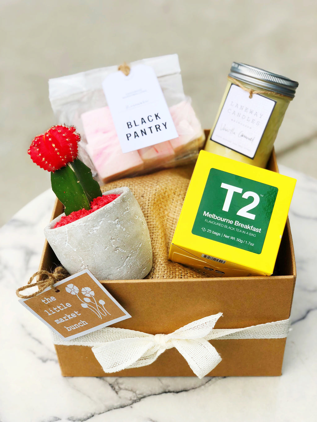 The little market bunch all star cactus gift box