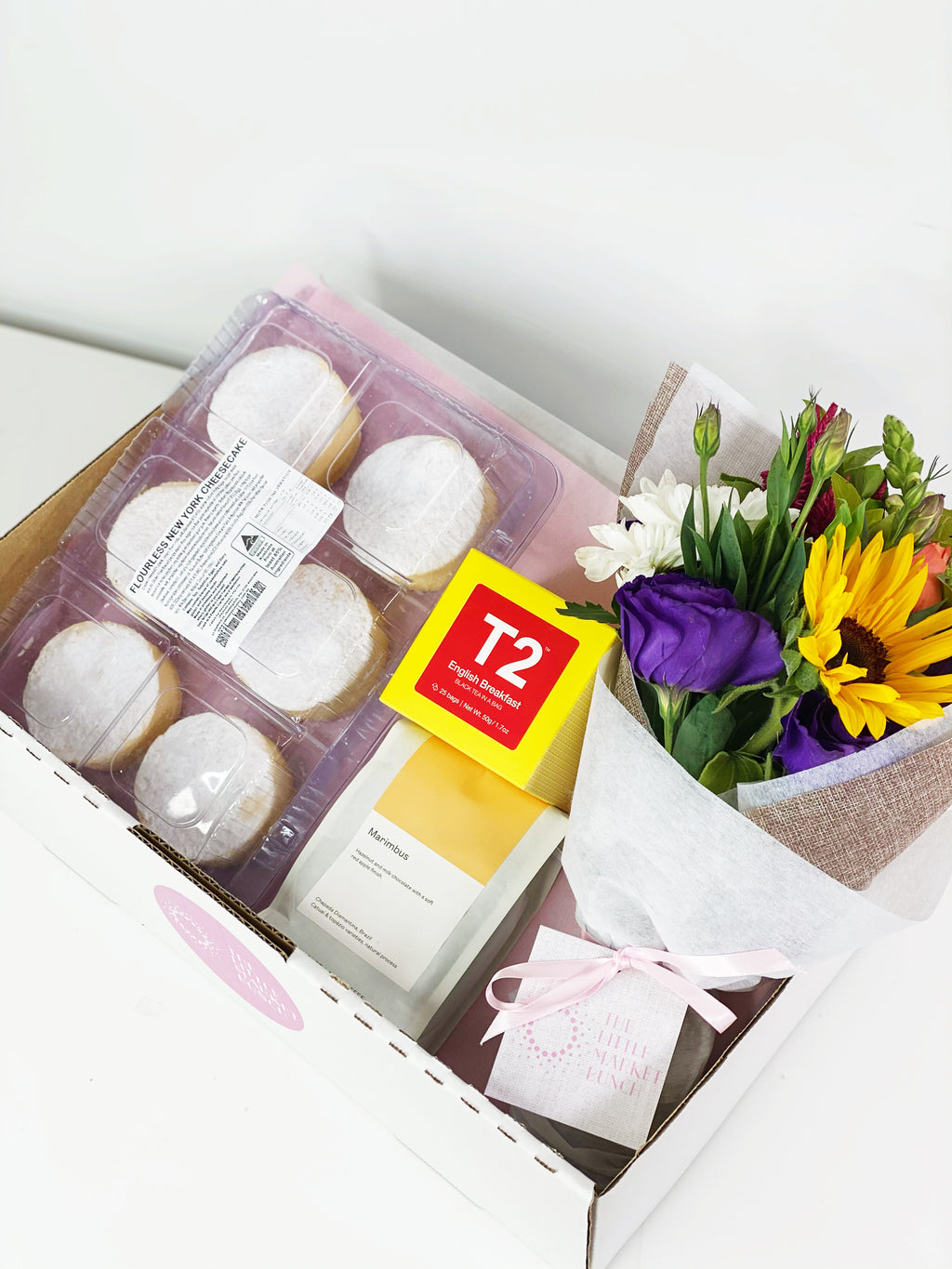 Sweethearts Cheese Cakes Gift Box