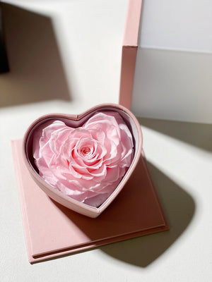 Heart shape preserved real rose leather box
