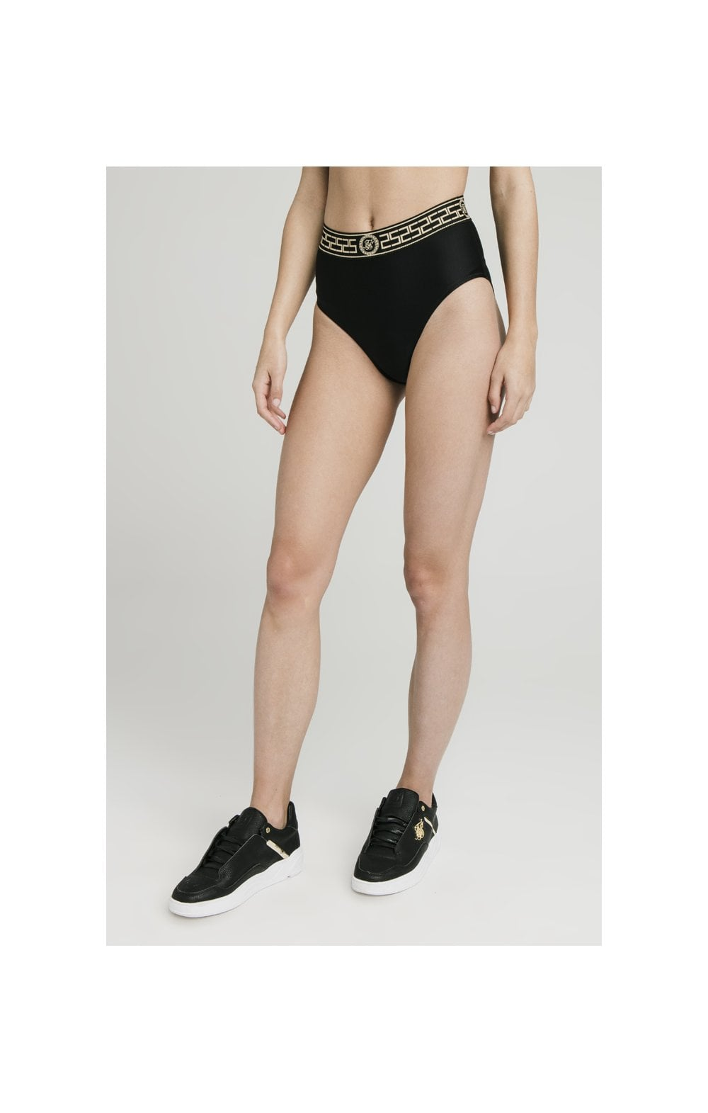 Laden Sie das Bild in den Galerie-Viewer, SikSilk Athene Bikini Bottom Hoch Size - Schwarz