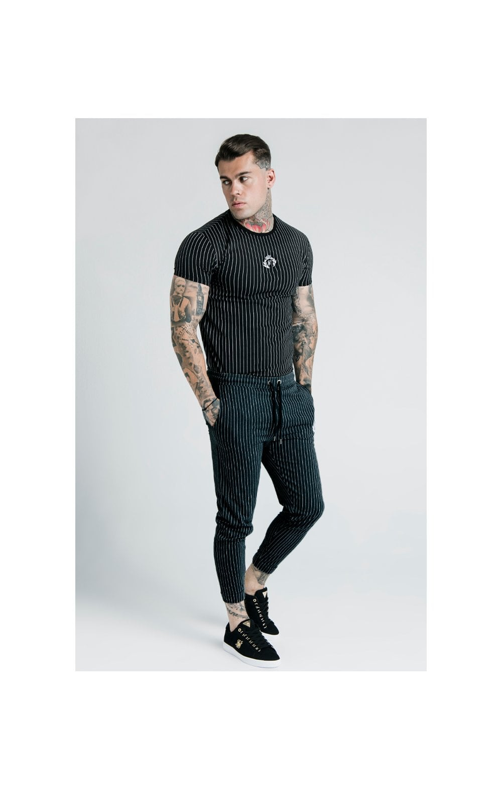 SikSilk X Dani Alves Trainings-T-Shirt Abgerundeter Saum - Schwarzweiss (6)