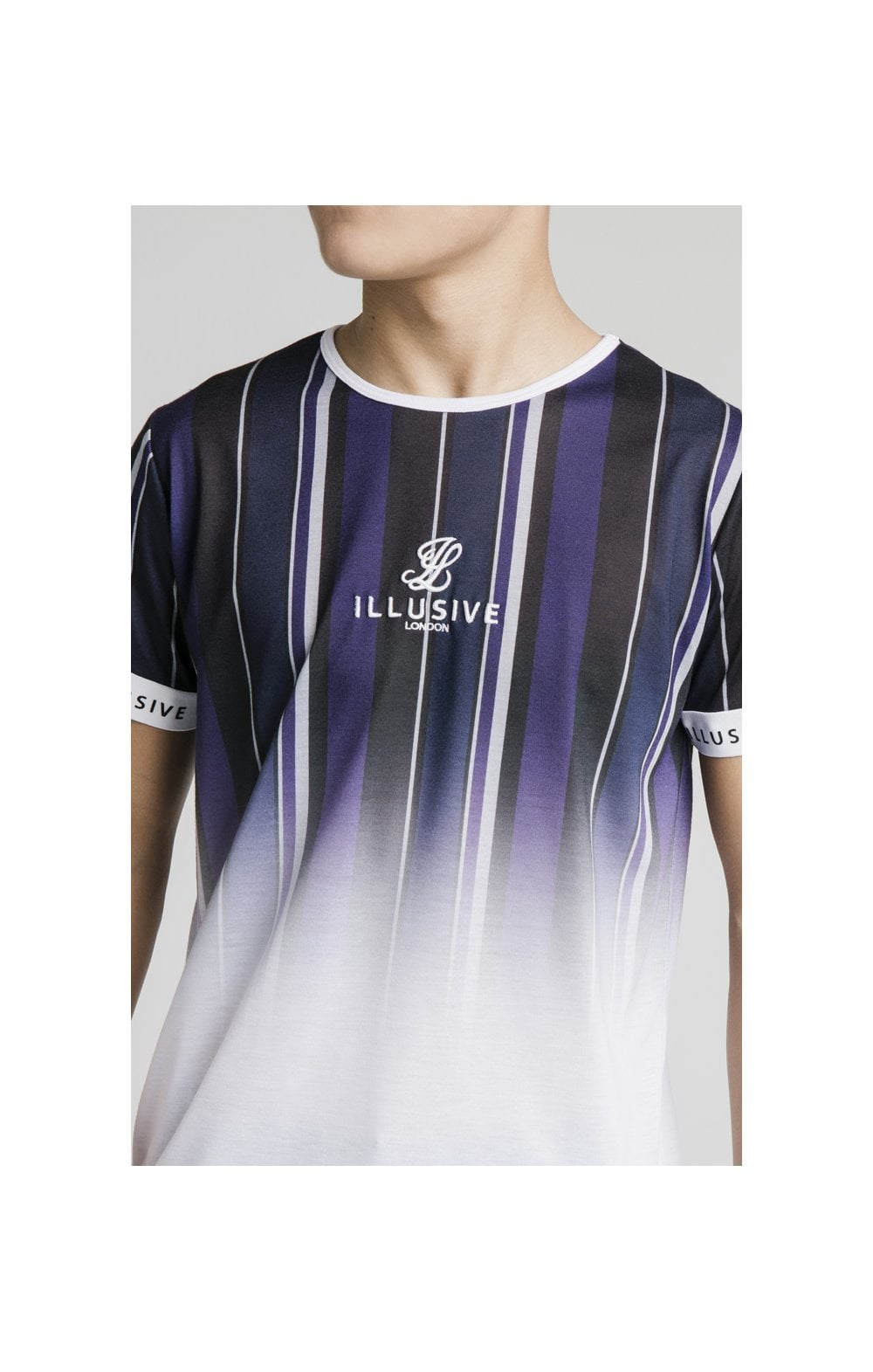 Laden Sie das Bild in den Galerie-Viewer, Illusive London Fade Stripe Tech Tee - Navy, Purple, Grey & White