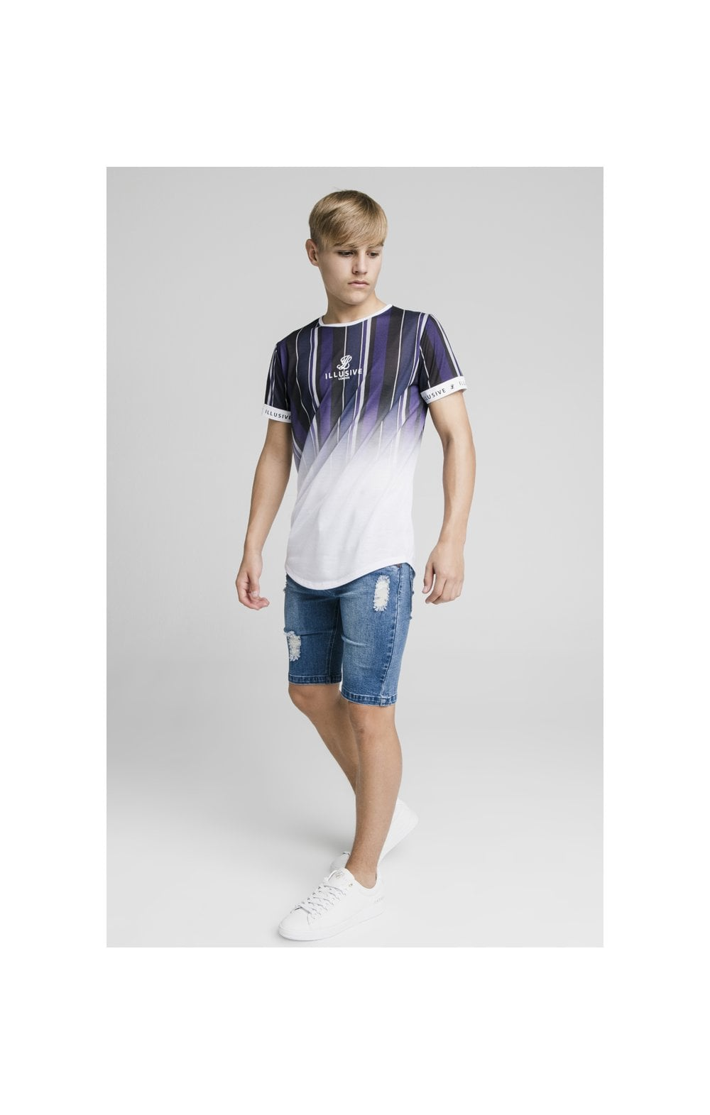 Laden Sie das Bild in den Galerie-Viewer, Illusive London Fade Stripe Tech Tee - Navy, Purple, Grey & White (3)