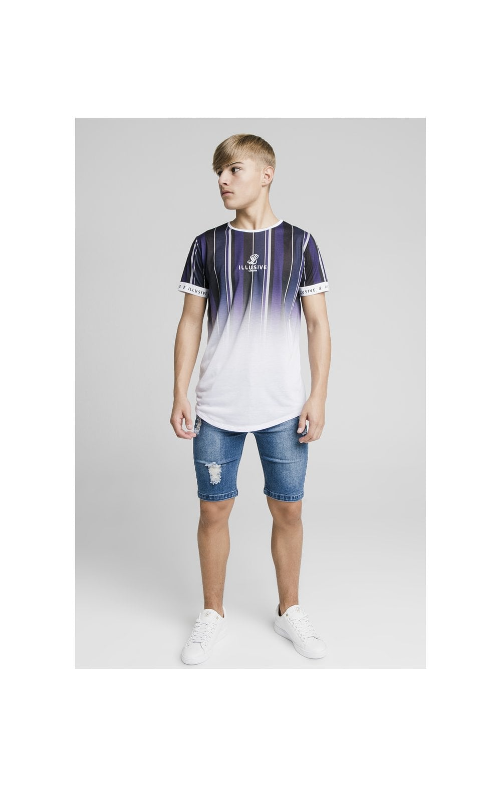Laden Sie das Bild in den Galerie-Viewer, Illusive London Fade Stripe Tech Tee - Navy, Purple, Grey & White (4)