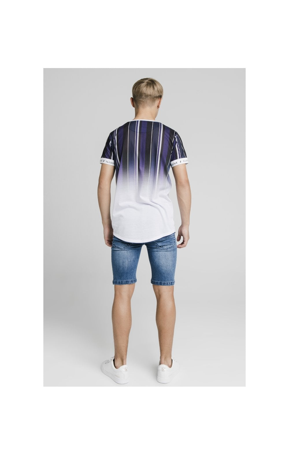 Laden Sie das Bild in den Galerie-Viewer, Illusive London Fade Stripe Tech Tee - Navy, Purple, Grey & White (5)