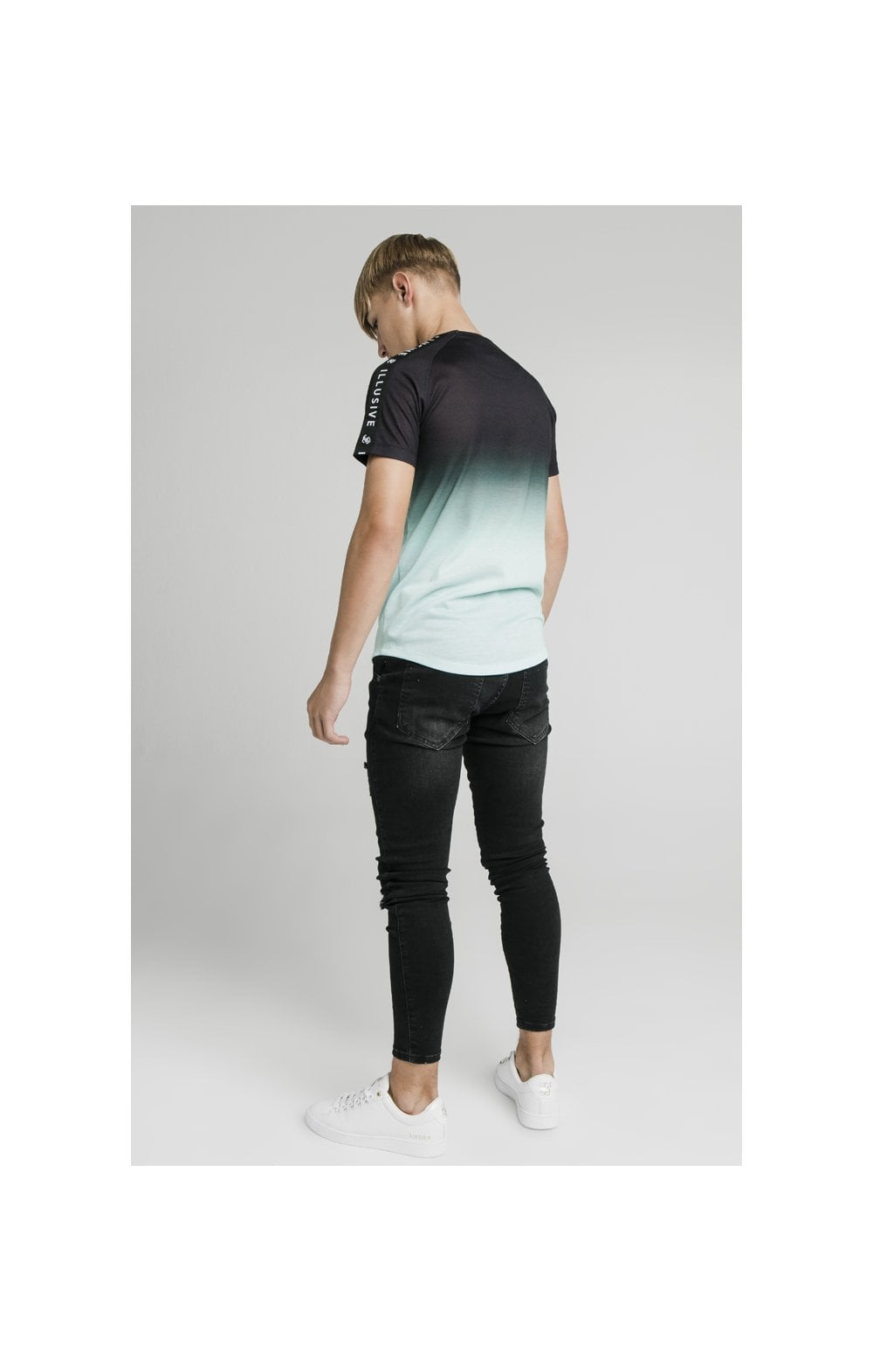 Illusive London Tape Fade Logo Tee - Black & Mint (6)
