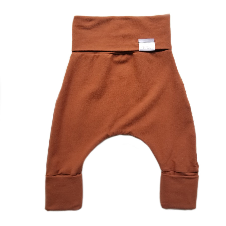 Grow with me harem pants - rust - made in Canada
