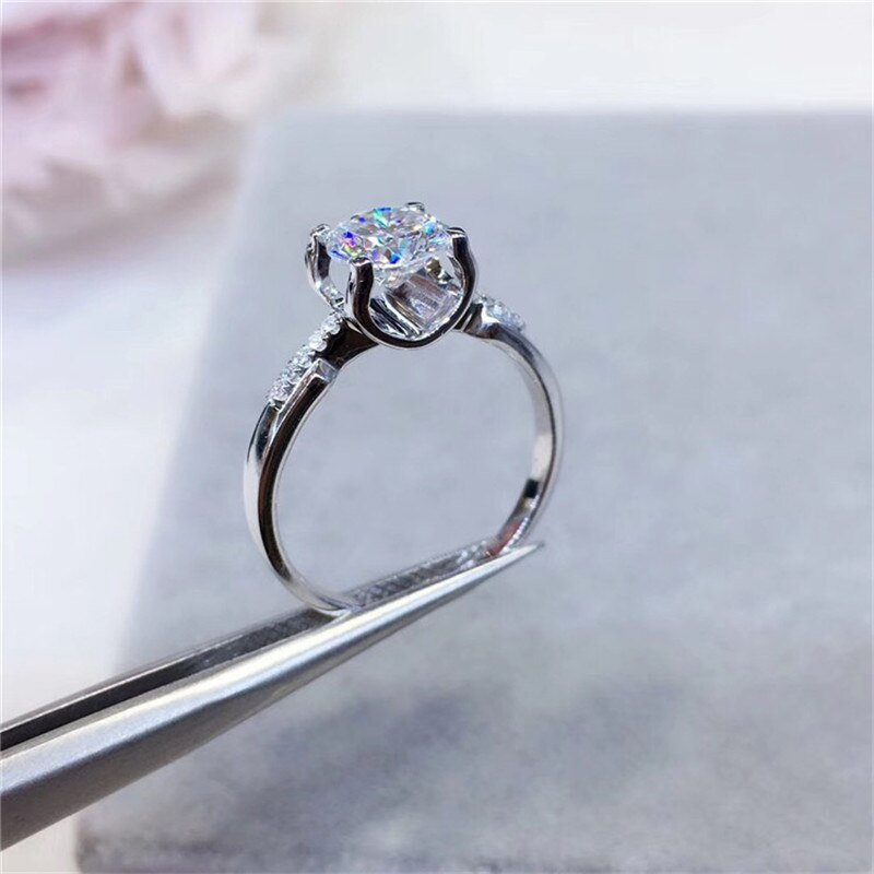 Sterling Silver Excellent Cut 1 Carat Moissanite Ring for Women