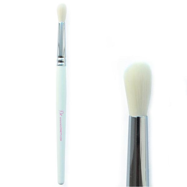 Root #16 Eyeshadow Blending Brush