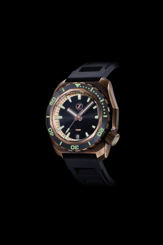 Hammerhead 1000m Diver Black with Ceramic Bezel