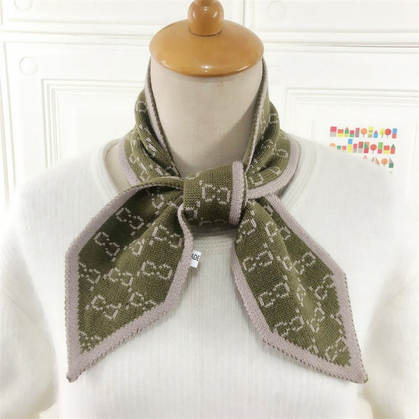 Grace Luxury Letter Knitted Scarf