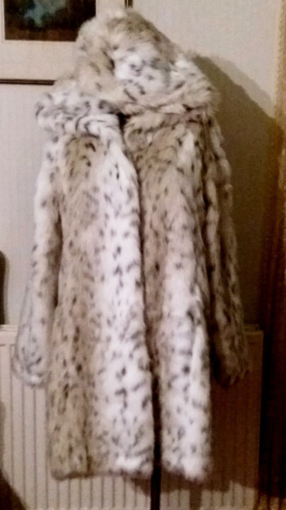 M&Co white animal print faux fur hooded coat