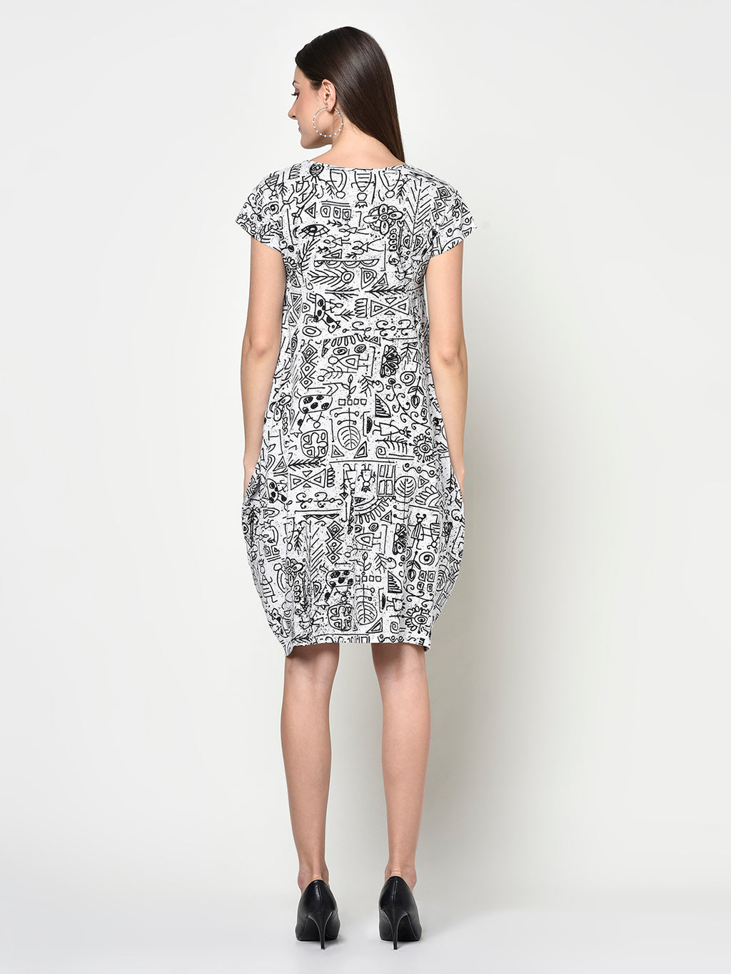 LADIES ABSTRACT PRINT BLACK AND WHITE BALLOON DRESS - Avsoy