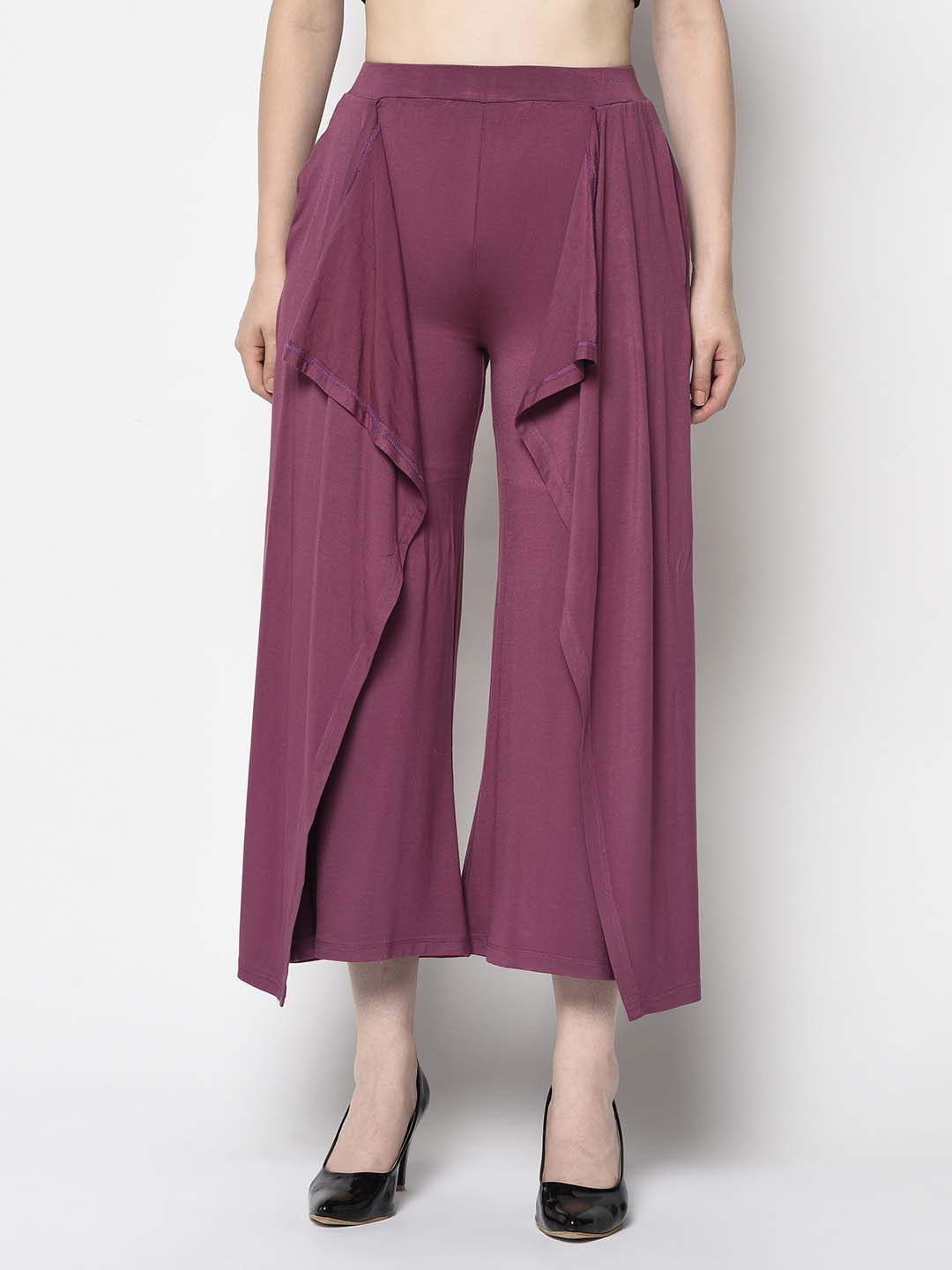 Cropped Maroon Pants With Frills