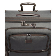 Load image into Gallery viewer, Extended Trip Expandable 4 Wheeled Packing Case