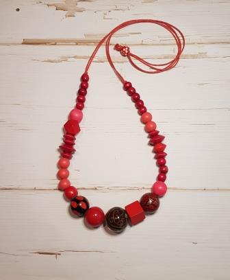 Long Feature Bead Mix Necklace Red-1