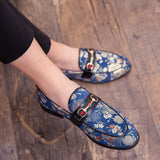 aab hot sale 2019 New  Brand Formal Shoes Men Leather Shoes Flower Embroidery Slip On Lazy Driving Shoe Office Loafers Mens Canvas Shoes
