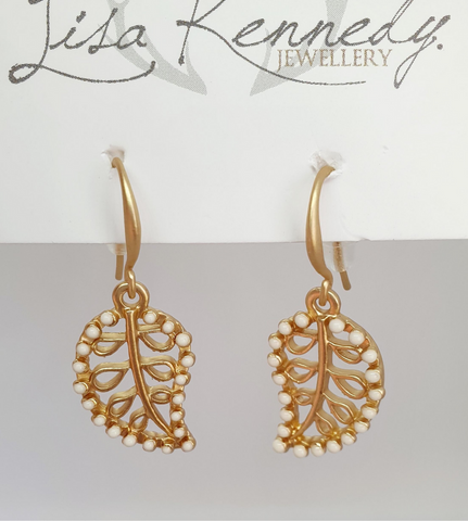 Pretty Gold Leaves Earrings