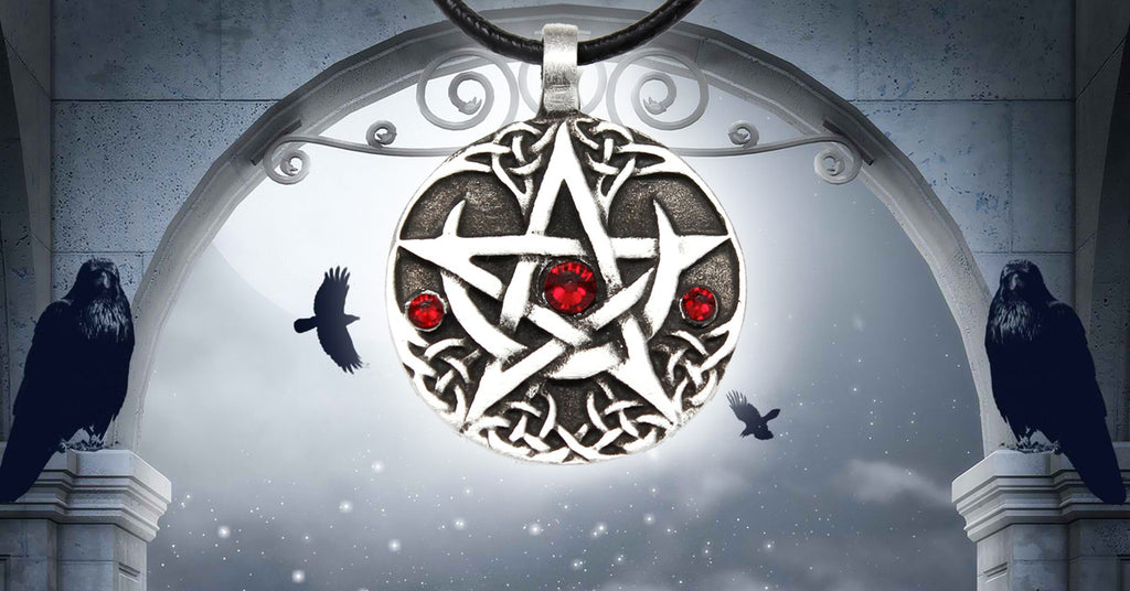 The 5 Reasons Why You Should Wear a Pentacle - The Moonlight Shop