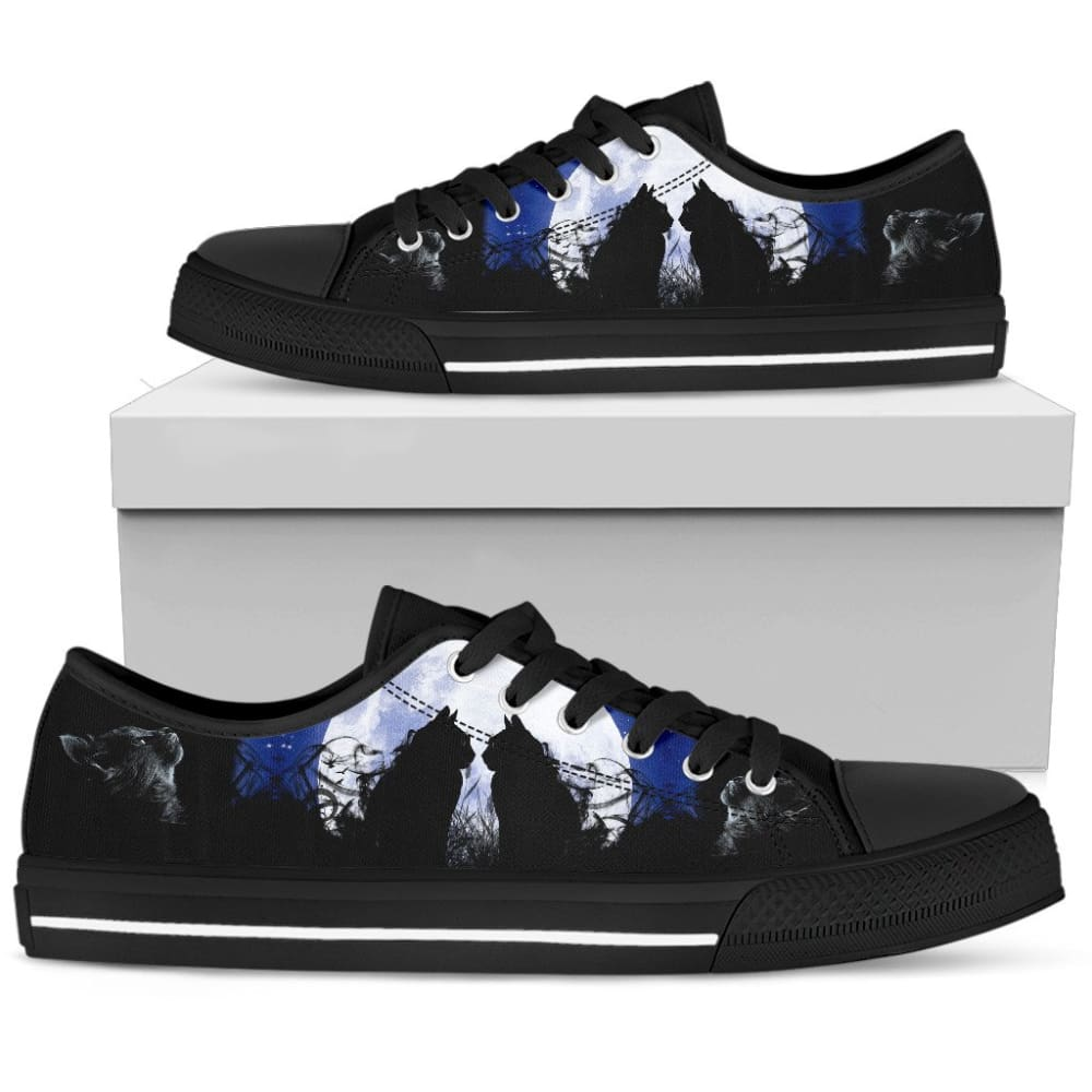 Cats In The Moon Women's Low Top Shoes