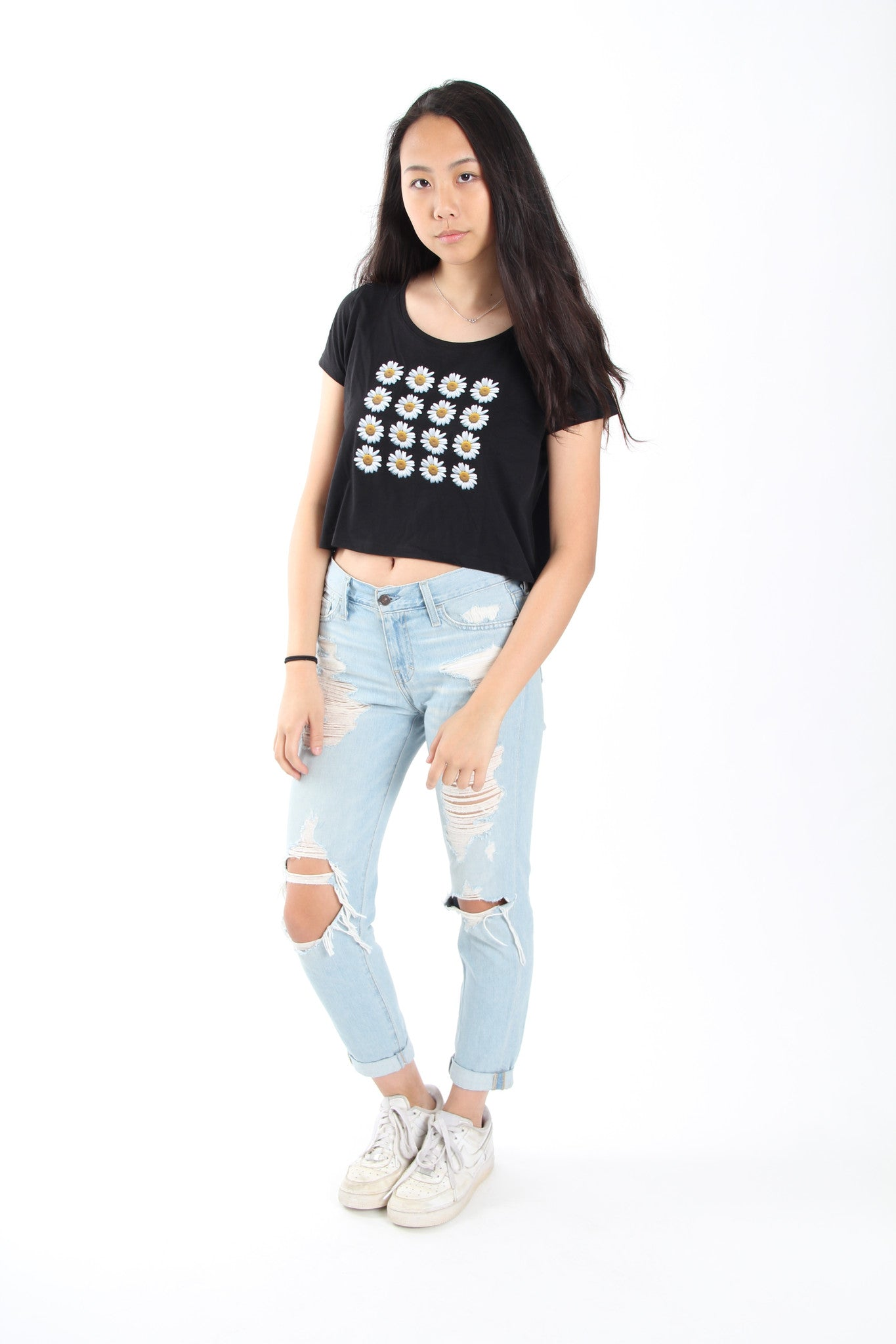 Daisy Rows Sleeved Crop Top