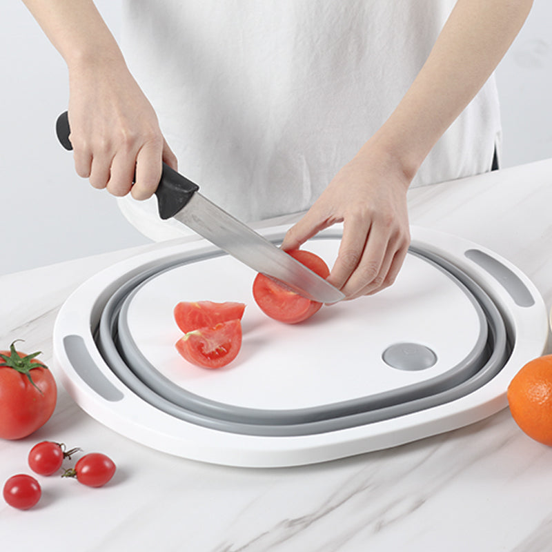 Ganjo Chopping Board being used to cut tomatoes