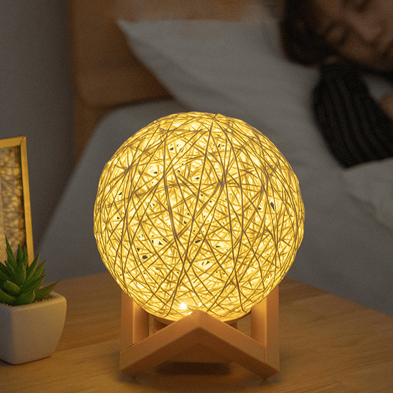 Tama LED Nightlight