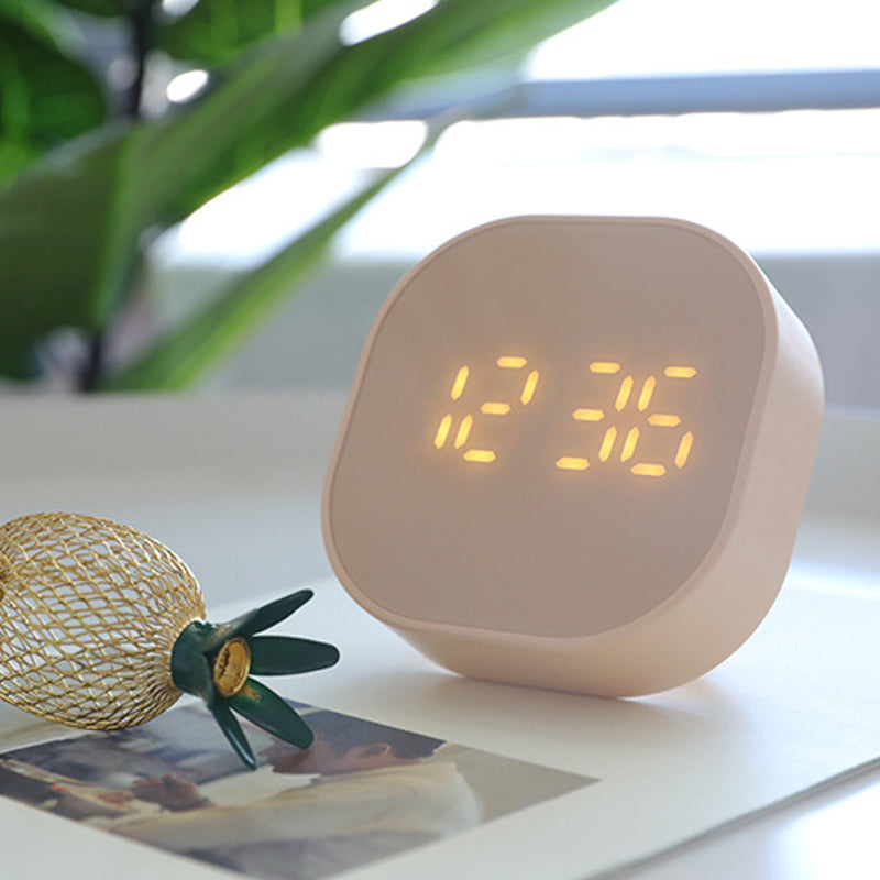Ura LED Alarm Clock