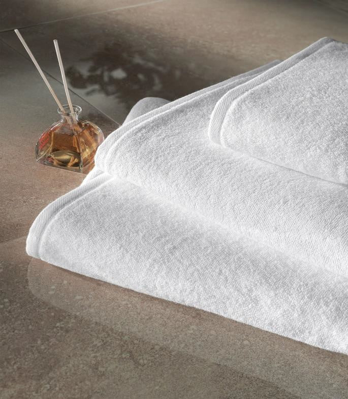 Hotel towels: Bath towel
