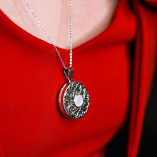 Load image into Gallery viewer, Melanie: Personalised Photo Necklace