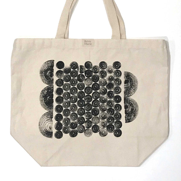 Betsy Marie veggie print, black ink impression of leeks and onions on 100% recycled cotton tote