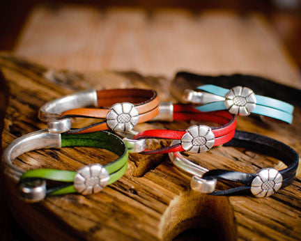 Silver Daisy Leather Bracelet (SOLD OUT)