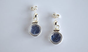 Loose Yogo Sapphire Earrings