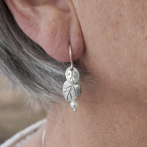 Quaking Leaves Earrings - Model