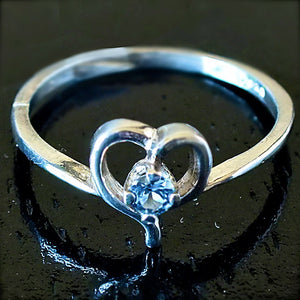 Yogo Sapphire Ring, Sterling Open Heart