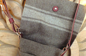 Sheep's Wool Tote Bag, Open